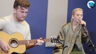 "Broods ""heartlines"" acoustic (Live in the Go Garage)"