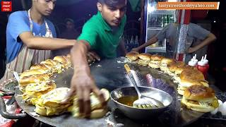 BURGER MAKING || Super Fast Cooking Skills | Egg Anda Bun Kabab || Street Food of Karachi Pakistan