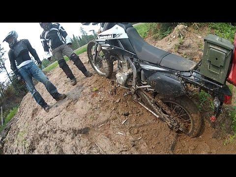 Mud Gully.  Kawasaki KLX250s.  Kawasaki KLX250sf.  Yamaha XT225.