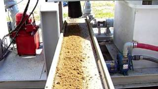 USC CQ3 scrape cow manure solids discharge 10.08.MOV