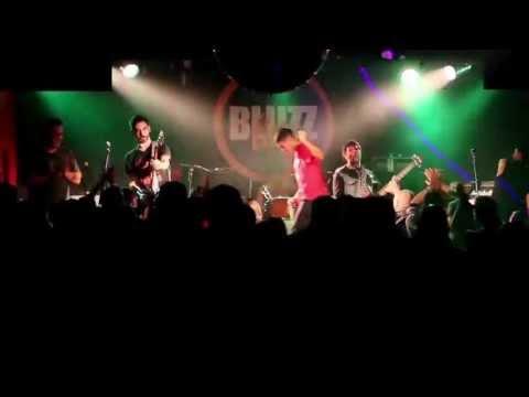 Los Crudos  - Pirexia @BluzzLive - Montevideo, Uruguay