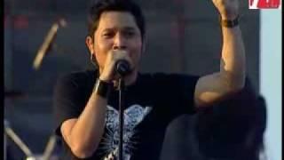 Andra & The Backbone - Lagi Dan Lagi [Live]