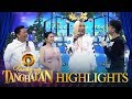 Tawag Ng Tanghalan: Vhong and Jhong tease Vice about the jersey he received