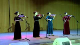 Концертную программу представляет город-герой Севастополь.