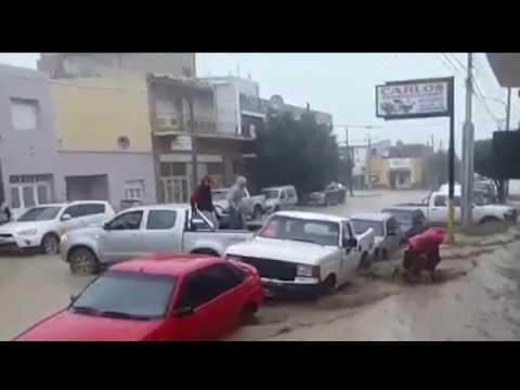 Fuerte temporal de lluvia en Comodoro, Rada Tilly y Caleta Olivia