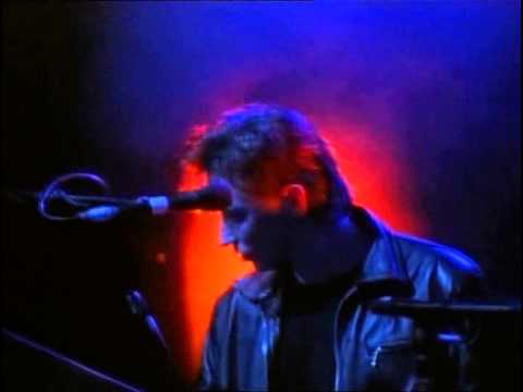 Depeche Mode - Everything counts (101 live at the Pasadena Rose Bowl, 1988)