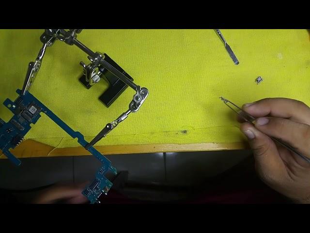 Cambiar centro de carga LG Q10  K410g