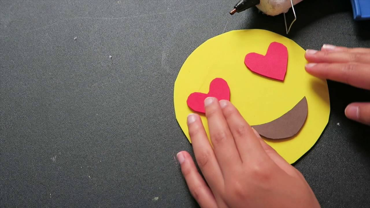 diy monedero emoji de foamy goma eva youtube