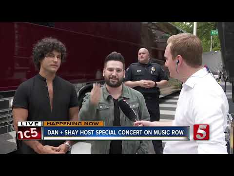 Dan + Shay Host Street Party, Performance On Music Row