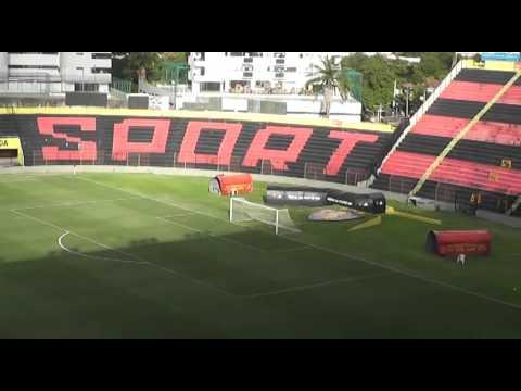 Estádio Adelmar da Costa Carvalho  Ilha do Retiro