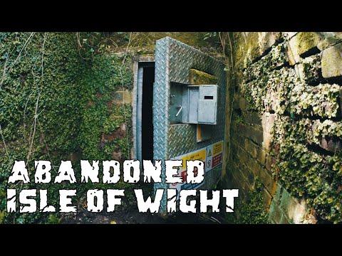 Secret Hidden Tunnel Exploration Shanklin Isle of Wight (Underground Well) Urbex