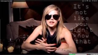 Скачать Avril Lavigne Covering How You Remind Me Of Nickelback Lyrics On Screen