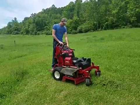 Toro 40 inch lawn mower cutting grass