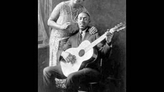 Sylvester Weaver & Walter Beasley - Bottleneck Blues [1927]