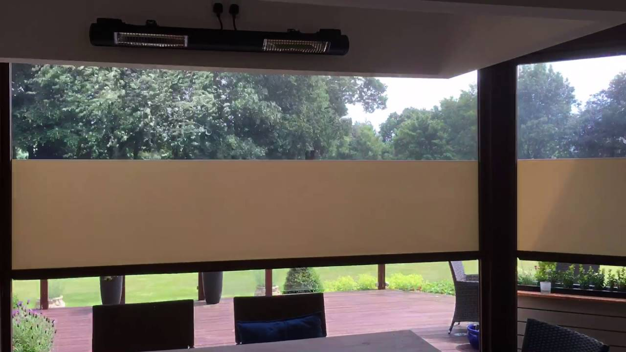 Outdoor roller blinds - YouTube