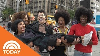 How 1 Hairstylist Is Helping Women Around The World Embrace Their Curly Hair | TODAY