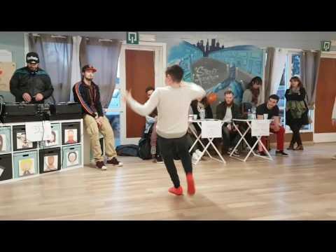 Battle breakdance 2017 Gökhan (enfant de 11ans)