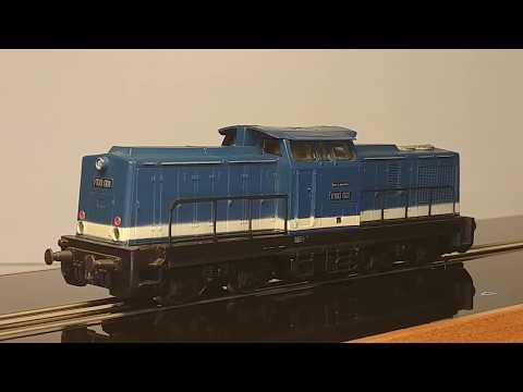 Modellbahn H0 Baureihe V 100 Gützold 17100 BR V 100 001 DR auf dem Smartrail / Schienenlaufband