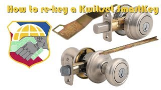 How to rekey and reset a Kwikset SmartKey - filp the door Knob Keyhole - Key Cylinder Removal