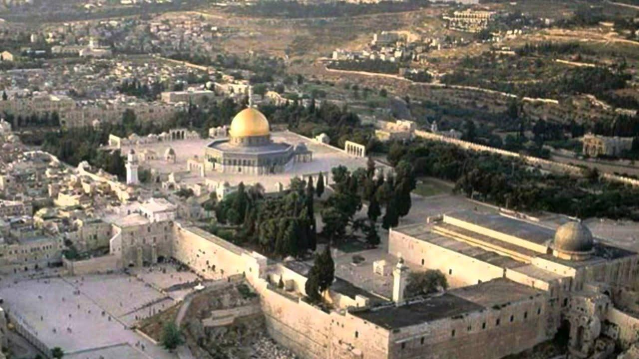 قم وارفع الاذان لابد ان نصلي في القدس