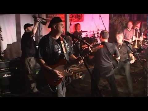 "Kick Start Charlie ""Harlem Shuffle"" Live The Hudson Water Club 2011/ Bookings 914-263-4656"