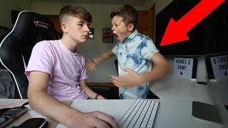 IGNORING MY LITTLE BROTHER FOR 24 HOURS! thumbnail