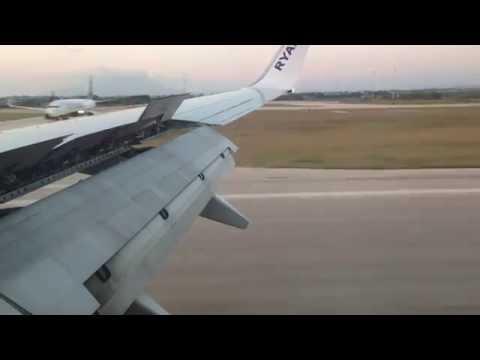 RYANAIR BOEING 737-800 LANDING IN TRAPANI BIRGI LICT [HD]