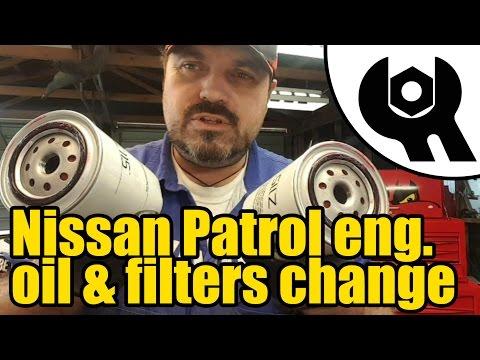 Nissan Patrol GR TD42 Diesel engine oil & filters change #1811