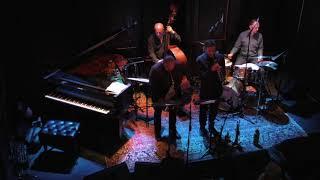 Blue Cube (composed by Jerry Bergonzi) - Bruce Gertz Quartet
