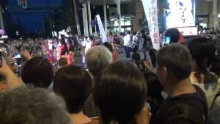 2012年8月2日。青森ねぶた祭りで、梅沢富美男が花魁姿で練り歩きました。