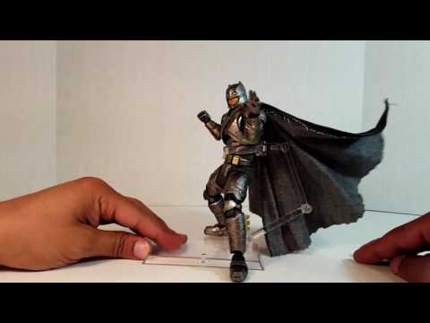 Mafex Armored Batman no.023 from Batman V Superman Dawn of Justice unboxing