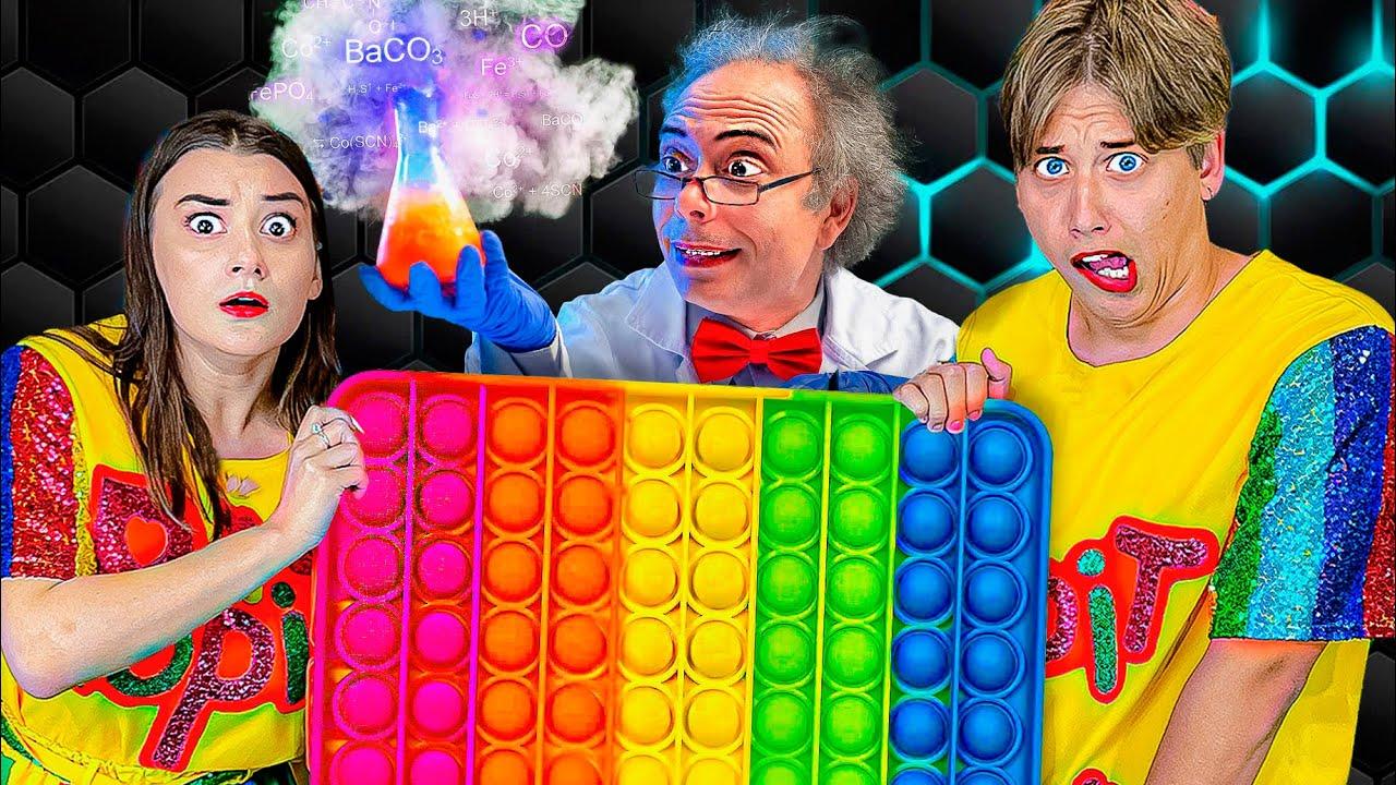 Нас Заперли В Секретной Лаборатории Поп Ит ! **Как выбраться?**