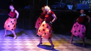 Танцевальный номер Стиляги.(Данное видео было снято на работе,поэтому качество оставляет желать лучшее., 2016-08-16T09:05:10.000Z)