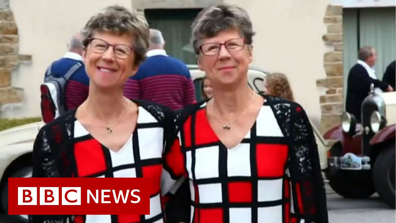 BBC News:Double celebrations at twin festival - BBC News