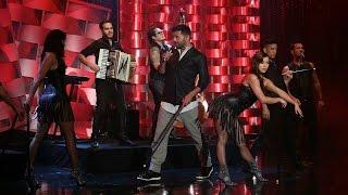 Скачать Ricky Martin Performs Adios
