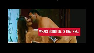 Kareena Kapoor Naked Bathing Scene   Kareena Kapoor Hot Topless Video   Kareena Kapoor Navel Show