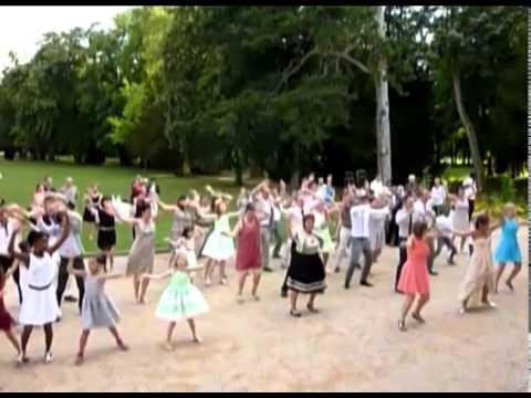 Surprise... flash mob mariage!