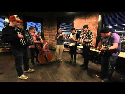 Steve 'n' Seagulls with Justin Clark: Lonesome Road Blues (live)