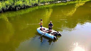 ЩУКИ НЕ ДАЮТ ПОКОЯ Рыбалка сплавом по дикой реке со спиннингом