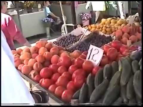 GEORGE GOES TO MARKET /VOICES OF BELGRADE