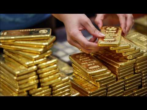 "chief-investment-strategist-bank-of-america-says-buy-gold-to-hedge-the-""great-fall"""