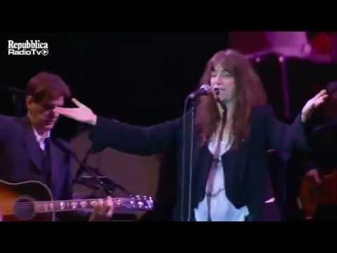 Patti Smith - People Have The Power- Live@Roma Villa Borghese EarthDayItalia2011