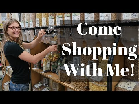 Zero Waste Grocery Shopping // LivingWasteFree