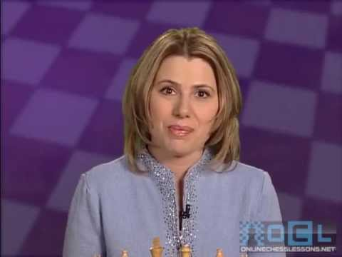 Colle-Zukertort System - Best for Early Beginners -  by GM Susan Polgar