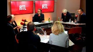 François-Xavier Demaison et Josiane Balasko dans A La Bonne Heure !