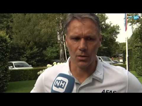 AZ-trainer Marco van Basten na de oefenwedstrijd tegen NEC