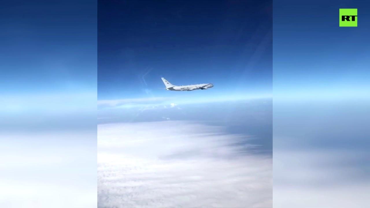 Российский Су-27 совершил перехват самолёта-разведчика США