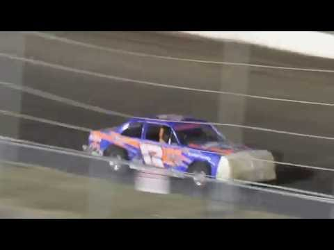 MVI 0965 CORN-HUSKER CLASSIC I 80 SPEEDWAY HOBBY STOCK FEATURE 10/8/2016