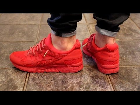 asics gel lyte 5 red mamba on feet