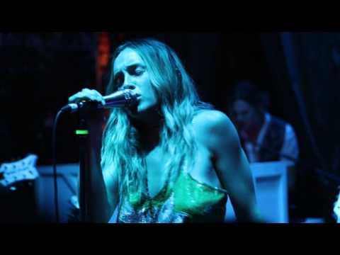 zella-day-tigre-live-at-the-tank-room-new-song-matt-watson